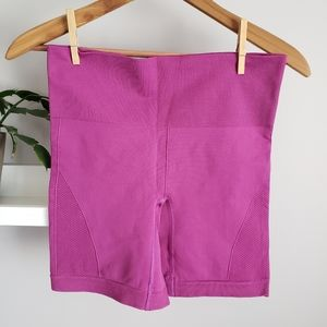 Lululemon In The Flow Shorts Berry Pink Sz 6